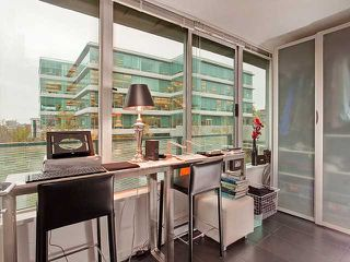 "Photo 8: 401 522 W 8TH Avenue in Vancouver: Fairview VW Condo for sale in ""CROSSROADS"" (Vancouver West)  : MLS®# V855935"