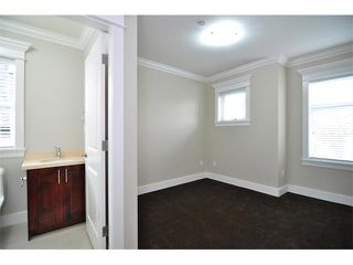 Photo 6: 1370 E 13TH Avenue in Vancouver: Grandview VE House 1/2 Duplex for sale (Vancouver East)  : MLS®# V856912
