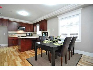 Photo 3: 1370 E 13TH Avenue in Vancouver: Grandview VE House 1/2 Duplex for sale (Vancouver East)  : MLS®# V856912
