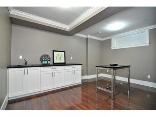 Photo 9: 1370 E 13TH Avenue in Vancouver: Grandview VE House 1/2 Duplex for sale (Vancouver East)  : MLS®# V856912