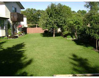 Photo 9: 15 HUNTSMAN Circle in WINNIPEG: North Kildonan Residential for sale (North East Winnipeg)  : MLS®# 2817443