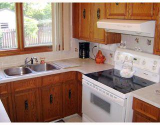 Photo 7: 15 HUNTSMAN Circle in WINNIPEG: North Kildonan Residential for sale (North East Winnipeg)  : MLS®# 2817443