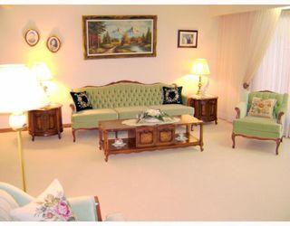 Photo 2: 15 HUNTSMAN Circle in WINNIPEG: North Kildonan Residential for sale (North East Winnipeg)  : MLS®# 2817443