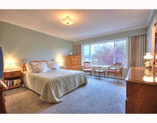 "Photo 10: 4831 FORTUNE Avenue in Richmond: Steveston North House for sale in ""STEVESTON NORTH"" : MLS®# V740346"