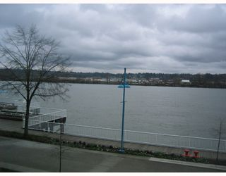"Photo 10: 204 3 K DE K Court in New_Westminster: Quay Condo for sale in ""QUAYSIDE TERRACE"" (New Westminster)  : MLS®# V759422"