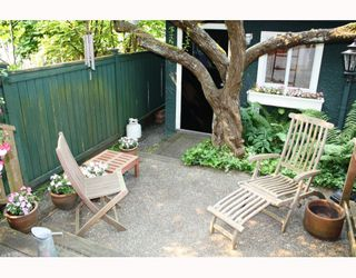 Photo 10: 3103 W 3RD Avenue in Vancouver: Kitsilano House 1/2 Duplex for sale (Vancouver West)  : MLS®# V771604
