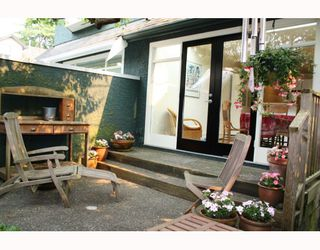 Photo 9: 3103 W 3RD Avenue in Vancouver: Kitsilano House 1/2 Duplex for sale (Vancouver West)  : MLS®# V771604