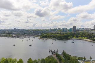 "Photo 17: 1905 1483 HOMER Street in Vancouver: Yaletown Condo for sale in ""WATERFORD"" (Vancouver West)  : MLS®# R2392740"