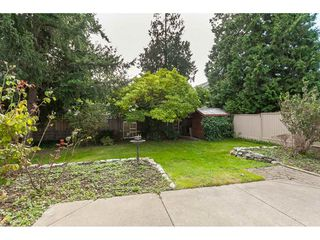 Photo 18: 15914 20 Avenue in Surrey: King George Corridor House for sale (South Surrey White Rock)  : MLS®# R2408538