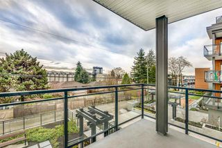 Photo 13: 101 625 E 3RD Street in North Vancouver: Lower Lonsdale Condo for sale : MLS®# R2428141