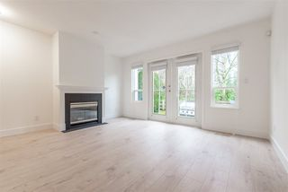 """Photo 7: 15 15488 101A Avenue in Surrey: Guildford Townhouse for sale in """"Cobblefield Lane"""" (North Surrey)  : MLS®# R2449529"""
