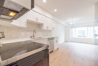 """Photo 4: 15 15488 101A Avenue in Surrey: Guildford Townhouse for sale in """"Cobblefield Lane"""" (North Surrey)  : MLS®# R2449529"""