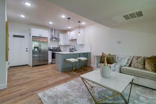 Photo 11: POINT LOMA Condo for sale : 2 bedrooms : 4368 Temecula St #301 in San Diego