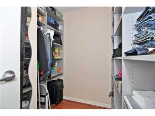 "Photo 16: 1905 1082 SEYMOUR Street in Vancouver: Downtown VW Condo for sale in ""FRESSIA"" (Vancouver West)  : MLS®# R2462933"