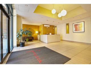 "Photo 4: 1905 1082 SEYMOUR Street in Vancouver: Downtown VW Condo for sale in ""FRESSIA"" (Vancouver West)  : MLS®# R2462933"