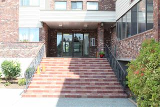 "Photo 15: 213 33369 OLD YALE Road in Abbotsford: Central Abbotsford Condo for sale in ""Monte Vista"" : MLS®# R2498190"