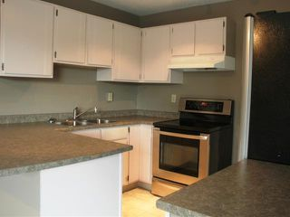 """Photo 2: 6982 GLADSTONE Drive in Prince George: Lower College House 1/2 Duplex for sale in """"LOWER COLLEGE HEIGHTS"""" (PG City South (Zone 74))  : MLS®# N205666"""