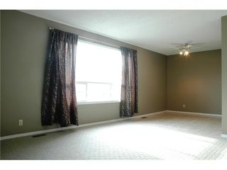"""Photo 3: 6982 GLADSTONE Drive in Prince George: Lower College House 1/2 Duplex for sale in """"LOWER COLLEGE HEIGHTS"""" (PG City South (Zone 74))  : MLS®# N205666"""