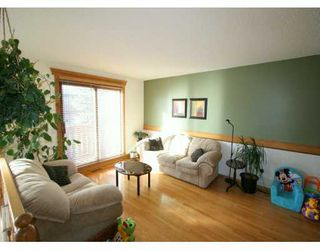 Photo 3:  in CALGARY: Beddington Residential Attached for sale (Calgary)  : MLS®# C3199607