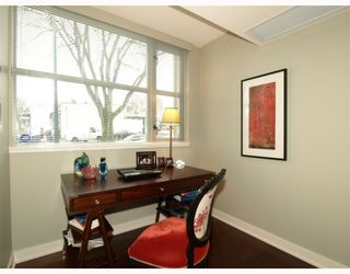"Photo 4: 101 3595 W 18TH Avenue in Vancouver: Dunbar Townhouse for sale in ""DUKE ON DUNBAR"" (Vancouver West)  : MLS®# V751304"