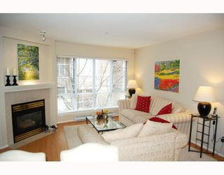 """Photo 2: 25 788 W 15TH Avenue in Vancouver: Fairview VW Townhouse for sale in """"16 WILLOWS"""" (Vancouver West)  : MLS®# V756826"""