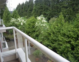 "Photo 8: 313 2020 CEDAR VILLAGE Crescent in North_Vancouver: Westlynn Condo for sale in ""KIRKSTONE GARDENS"" (North Vancouver)  : MLS®# V768640"