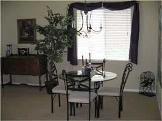 Photo 5: SAN MARCOS House for sale : 3 bedrooms : 272 Glendale