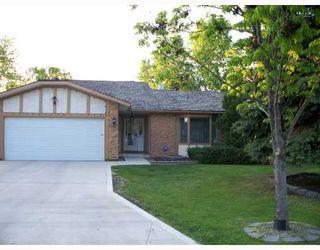 Main Photo: 39 LAKESIDE Drive in WINNIPEG: Fort Garry / Whyte Ridge / St Norbert Residential for sale (South Winnipeg)  : MLS®# 2911190