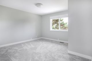 Photo 9: 11127 YORK Place in Delta: Sunshine Hills Woods House for sale (N. Delta)  : MLS®# R2388165