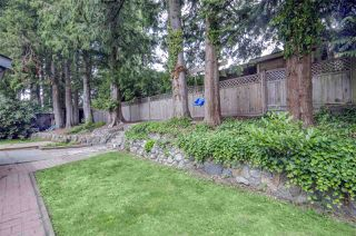 Photo 16: 11127 YORK Place in Delta: Sunshine Hills Woods House for sale (N. Delta)  : MLS®# R2388165