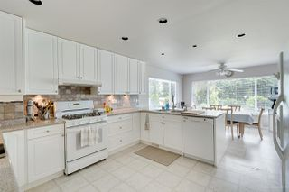 Photo 4: 1672 SPRICE Avenue in Coquitlam: Central Coquitlam House for sale : MLS®# R2389910