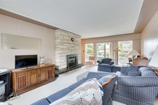 Photo 9: 1672 SPRICE Avenue in Coquitlam: Central Coquitlam House for sale : MLS®# R2389910