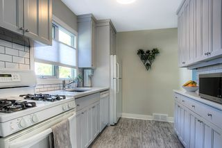 Photo 10: 116 Sunnyside Boulevard in Winnipeg: Woodhaven Single Family Detached for sale (5F)  : MLS®# 1925320