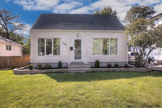 Photo 2: 116 Sunnyside Boulevard in Winnipeg: Woodhaven Single Family Detached for sale (5F)  : MLS®# 1925320