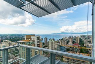 "Photo 1: 4007 1283 HOWE Street in Vancouver: Yaletown Condo for sale in ""The Tate Downtown"" (Vancouver West)  : MLS®# R2403881"