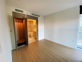 """Photo 10: 2006 89 NELSON Street in Vancouver: Yaletown Condo for sale in """"THE ARC"""" (Vancouver West)  : MLS®# R2415689"""