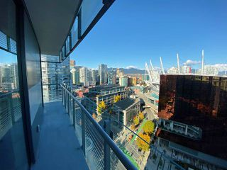 """Photo 14: 2006 89 NELSON Street in Vancouver: Yaletown Condo for sale in """"THE ARC"""" (Vancouver West)  : MLS®# R2415689"""