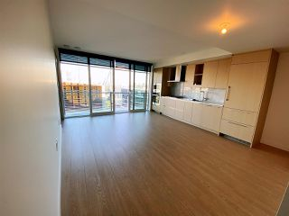 """Photo 5: 2006 89 NELSON Street in Vancouver: Yaletown Condo for sale in """"THE ARC"""" (Vancouver West)  : MLS®# R2415689"""