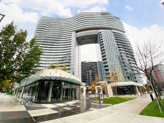 """Photo 1: 2006 89 NELSON Street in Vancouver: Yaletown Condo for sale in """"THE ARC"""" (Vancouver West)  : MLS®# R2415689"""