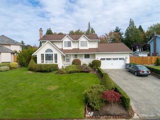 "Main Photo: 18249 54 Avenue in Surrey: Cloverdale BC House for sale in ""Shannon Hills"" (Cloverdale)  : MLS®# R2426836"