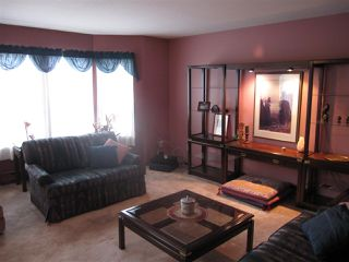 """Photo 2: 26 12296 224 Street in Maple Ridge: East Central Townhouse for sale in """"The Colonial"""" : MLS®# R2430767"""
