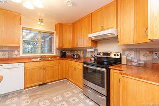 Photo 9: 554 Selwyn Oaks Place in VICTORIA: La Mill Hill Single Family Detached for sale (Langford)  : MLS®# 420538