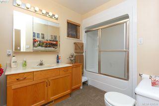 Photo 17: 554 Selwyn Oaks Place in VICTORIA: La Mill Hill Single Family Detached for sale (Langford)  : MLS®# 420538