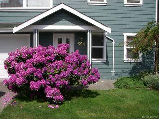 Photo 2: 554 Selwyn Oaks Place in VICTORIA: La Mill Hill Single Family Detached for sale (Langford)  : MLS®# 420538