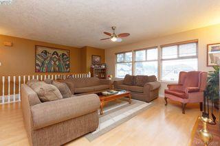 Photo 4: 554 Selwyn Oaks Place in VICTORIA: La Mill Hill Single Family Detached for sale (Langford)  : MLS®# 420538