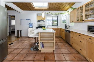 Photo 7: 526 SOMERSET Street in North Vancouver: Upper Lonsdale House for sale : MLS®# R2434481