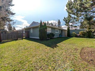 Photo 10: 568 Bambrick Pl in COMOX: CV Comox (Town of) House for sale (Comox Valley)  : MLS®# 837196