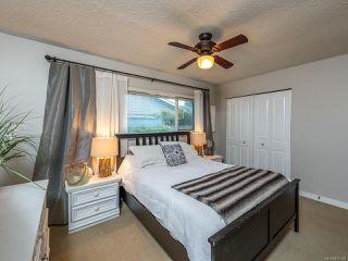 Photo 3: 568 Bambrick Pl in COMOX: CV Comox (Town of) House for sale (Comox Valley)  : MLS®# 837196