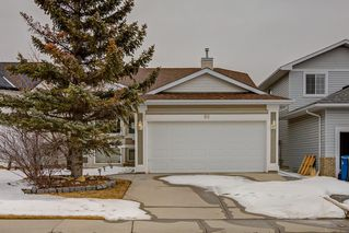 Photo 1: 66 CITADEL CREST Circle NW in Calgary: Citadel Detached for sale : MLS®# C4293389