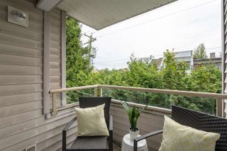 "Photo 19: 301 788 E 8TH Avenue in Vancouver: Mount Pleasant VE Condo for sale in ""Chelsea Court"" (Vancouver East)  : MLS®# R2467820"